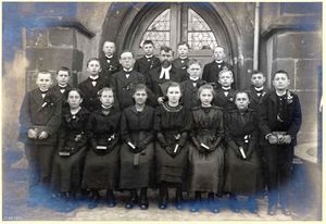Konfirmation Rhm 1919.jpg